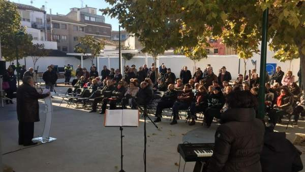Lambán ha asistido en Ejea a la celebración del Día de la Constitución