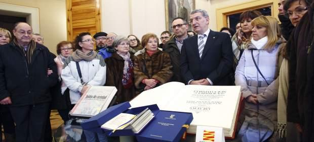 Celaya ha atendido a los primeros aragoneses que han llegado hoy al Pignatelli