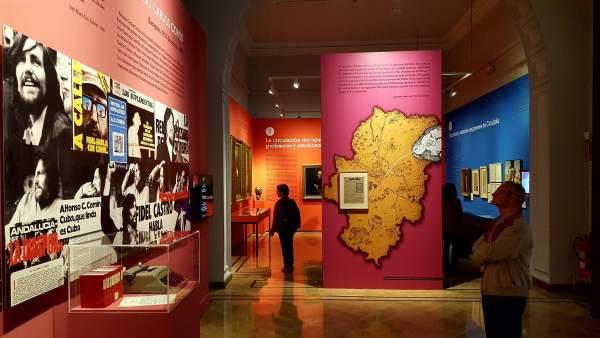 Unas 25.000 personas visitan la exposición 'Dicen que hay tierras al Este'.