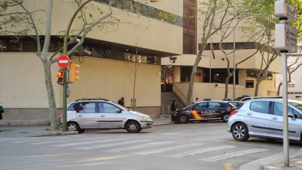 Jefatura de Policía Nacional de Palma, en la calle Simó Ballester