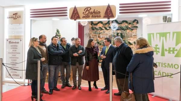 La alcaldesa de San Fernando, Patricia Cavada, ha inaugurado  Bahía Arte sana.