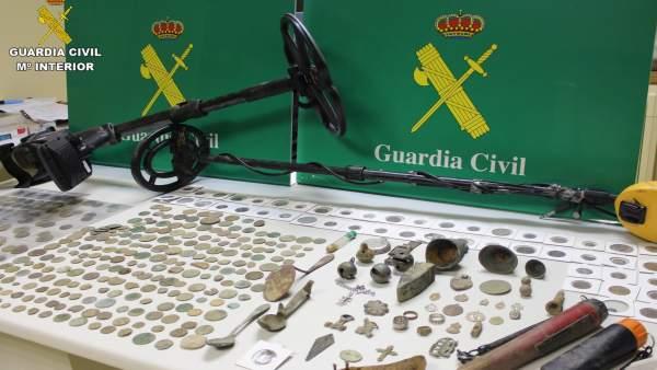 Nota Prensa Guardia Civil Dos Detenidos Presuntos Delitos Apropiación Indebida Y