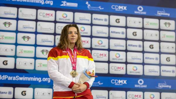 Nuria Marquès en el podio de los Mundiales