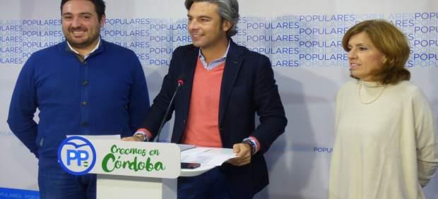 Andrés Lorite con María Jesús Botella y José María Estepa