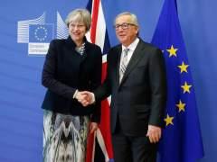 """Juncker: """"Que el Reino Unido siga en la UE depende del Parlamento y el pueblo británico"""""""