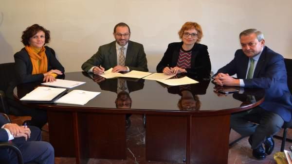 Firma de convenio de la Diputación de Córdoba con la Orquesta de Córdoba