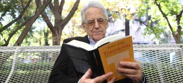 El historiador Santos Juliá presenta su nuevo libro Transición