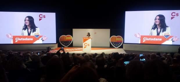 Inés Arrimadas en un acto en Girona