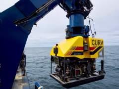 """La búsqueda del submarino argentino, centrada en una pendiente de """"cordillera invertida"""""""