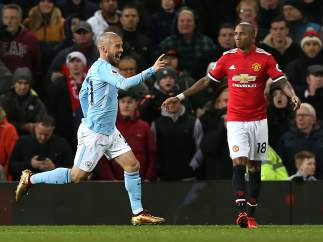 Gol de Silva al Manchester United