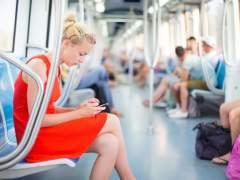 El Metro de Tokio prueba una aplicación pionera para facilitar asientos a las embarazadas