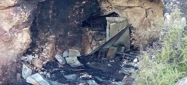 Incendio en una casa cueva de Almería