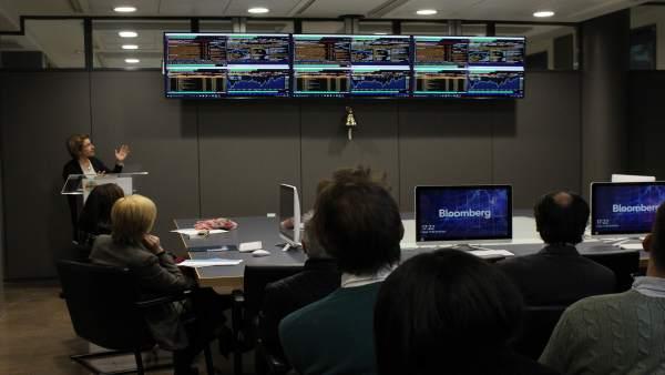 Sala Bloomberg en el CEU