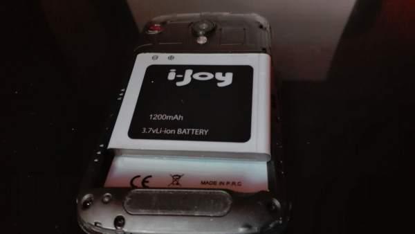 Un móvil con batería de litio