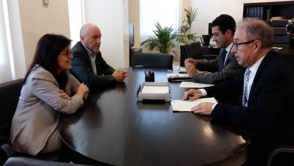 Gimeno se ha reunido con los representantes sindicales.