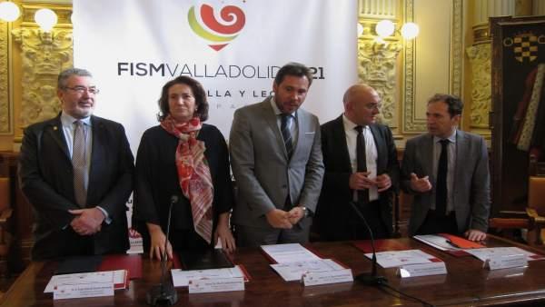 Presentación de la candidatura de Valladolid para el Campeonato Mundial de Magia