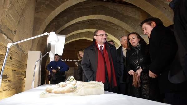 Lambán ha visitado el Real Monasterio de Santa María de Sijena.