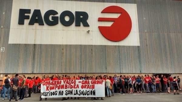 Concentración trabajadores Edesa Industrial en Garagartza