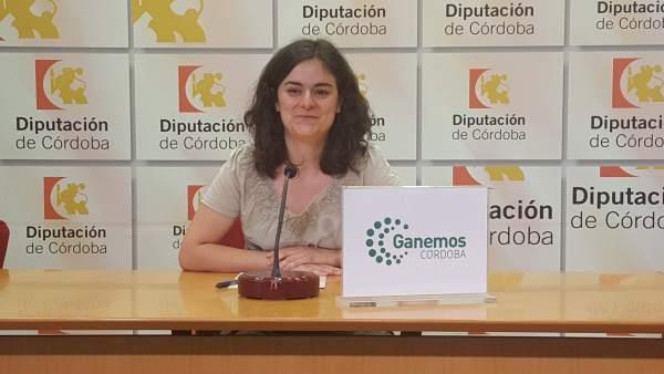 La portavoz de Ganemos Córdoba en la Diputación, María Ángeles Aguilera