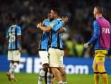 Los jugadores del Gremio de Porto Alegre celebran su victoria por 1-0