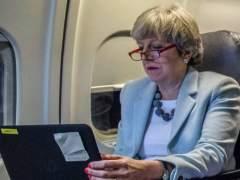 """Theresa May manda un email a los extranjeros: """"Quiero que te quedes"""""""