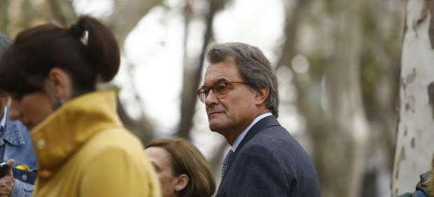 """Mas dice que se reunió con Puigdemont para dar sus """"consejos"""" sobre el 1-O"""
