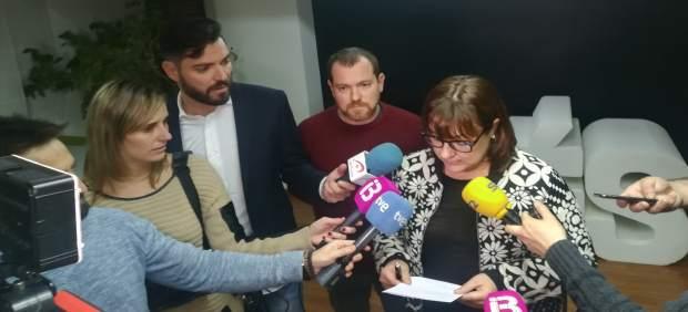 Busquets Y Abril Anuncian La Dimisión De Biel Barceló
