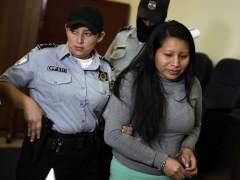Ratifican la condena a 30 años de cárcel contra una mujer que abortó