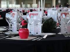 50 chefs y 300 voluntarios ofrecen una cena solidaria para 500 personas en Madrid