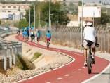 Uno de los carriles bici que unen municipios del Aljarafe