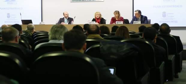 Díaz Tezanos: el Clúster Marítimo reforzará un sector estratégico para el crecimiento económico de Cantabria