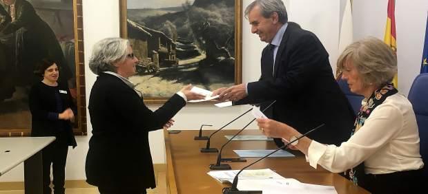Más de 350 empleados públicos del Gobierno de Cantabria se han formado en lengua de signos