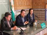 En el centro, el consejero de Agricultura de la Junta, Rodrigo Sánchez Haro