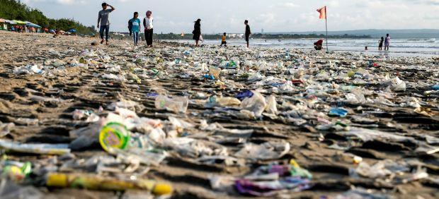 Los microplásticos están en todas partes, incluso en excrementos humanos