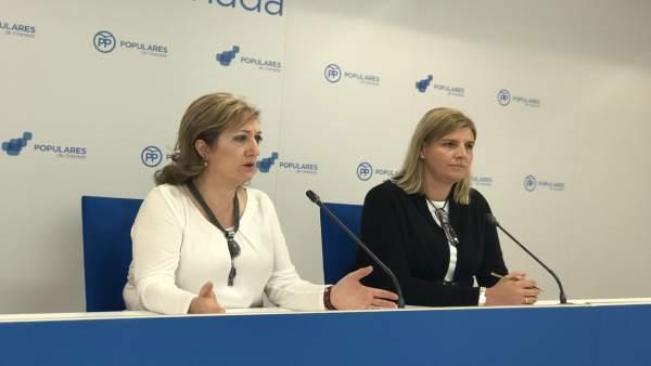 Las dirigentes del PP Inmaculada López e Inmaculada Hernández