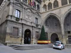 El Ayuntamiento de Alcañiz acoge la capilla ardiente de los dos guardias civiles