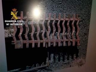 Un detenido por el robo de 26 imbornales de acero forjado.