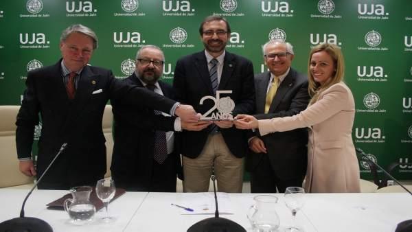 Presentación de actos por el 25 aniversario de la UJA