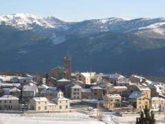 Esquiando en el Pirineo francés, a un paso de tren