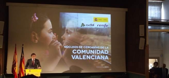 De la Serna en la presentació a València del Pla de Rodalies