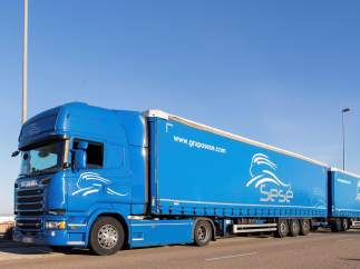 Camión de 32 metros
