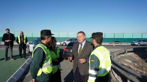 La dgt espera desplazamientos por las carreteras - Jefatura provincial de trafico madrid ...