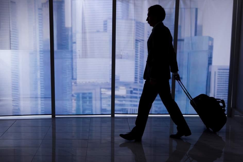 El sistema de reconocimiento facial de los aeropuertos de EE UU identifica erróneamente a 1 de cada 25 viajeros
