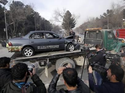 Vehículo del terrorista suicida en Kabul