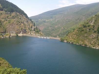 Embalse en Asturias. Reserva hidráulica