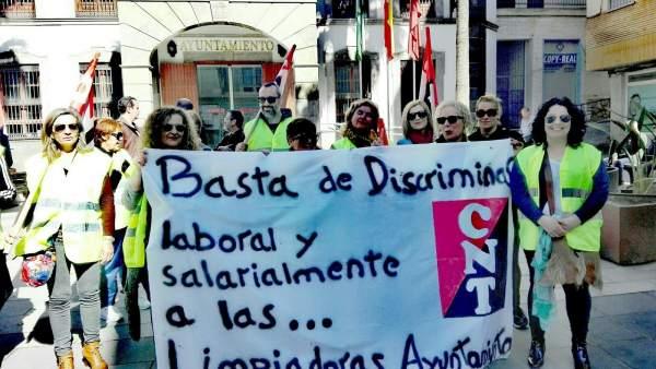 Limpiadoras de Adra discriminadas salarialmente