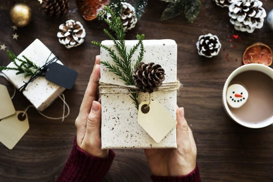 Regalos de Navidad que no gustan: el 'regifting' se consolida en Wallapop