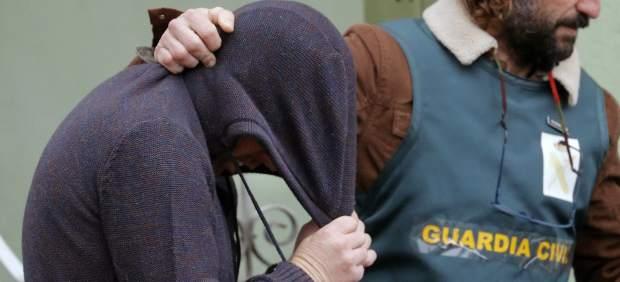 Trasladan al detenido por crimen de Diana Quer a su vivienda para un registro