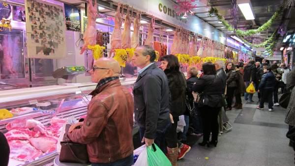 Plaza de abastos. Navidad. Mercado Compras. IPC. Consumo