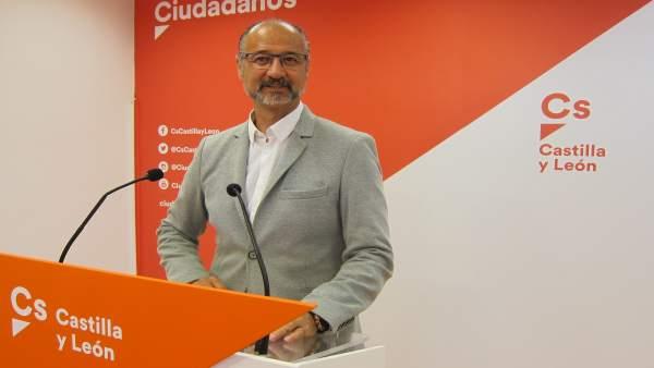 Valladolid. Fuentes analiza la situación política de CyL